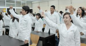 estudiantes_felices