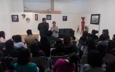 El taller de teatro de la Facultad de Medicina se presentó hoy en el Aula de Escena de Crimen con la obra Fuera de Foco